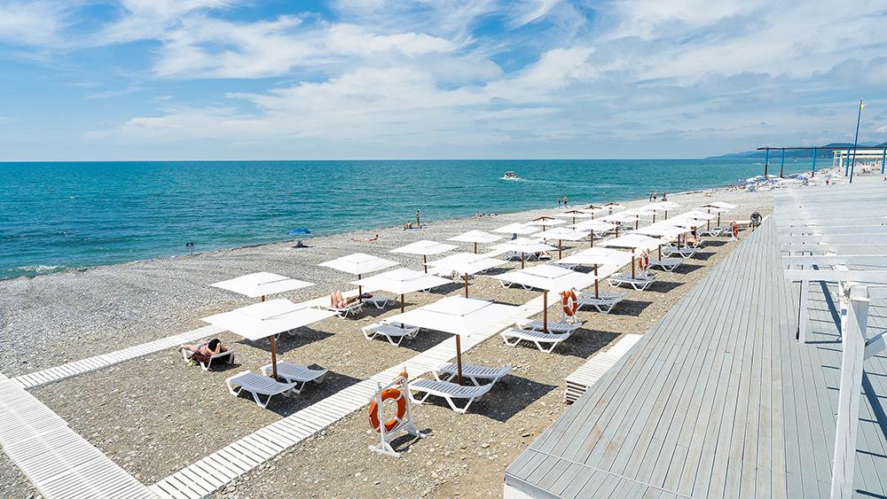 пляж Лучезарный Сочи